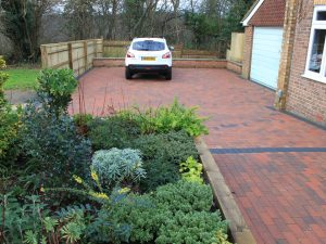 Allen Landscaping - Professional Landscape architects and gardeners in Oxfordshire, Berks and Bucks.